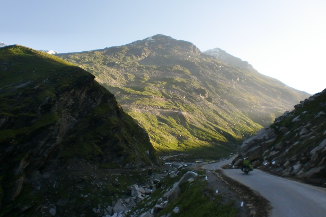 Road up to Rohtang